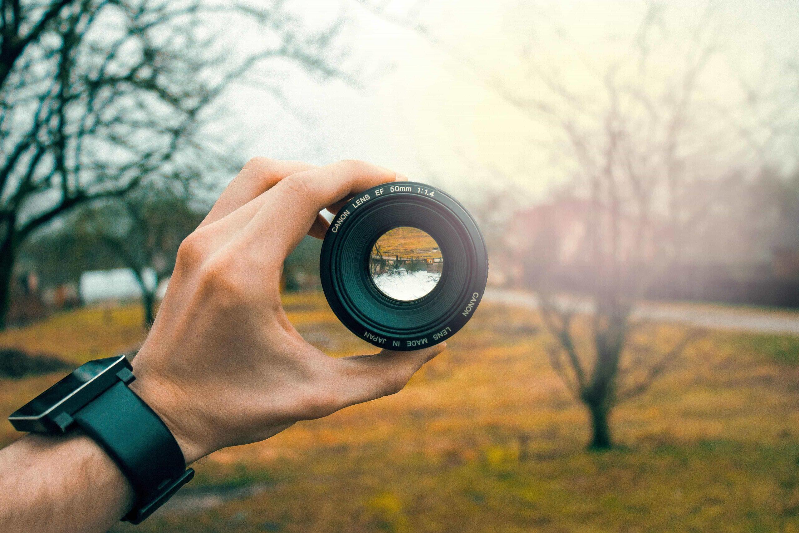 50mm-blur-camera-equipment