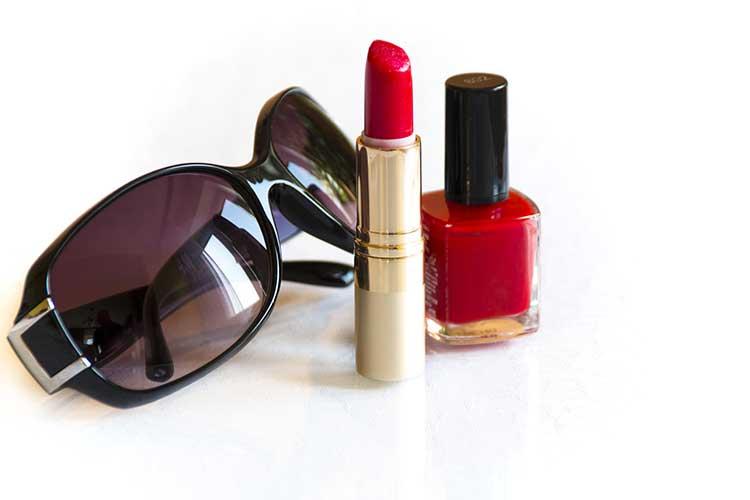 Lipstick-and-Nail-polish