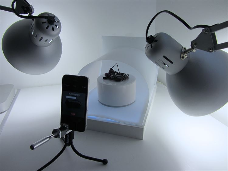 Make use of a variety of product photography equipment