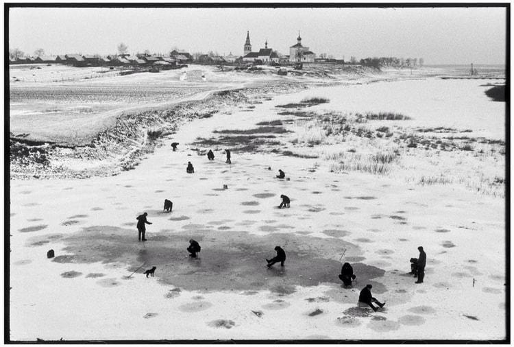 Henri Cartier-Bresson- Photojournalism
