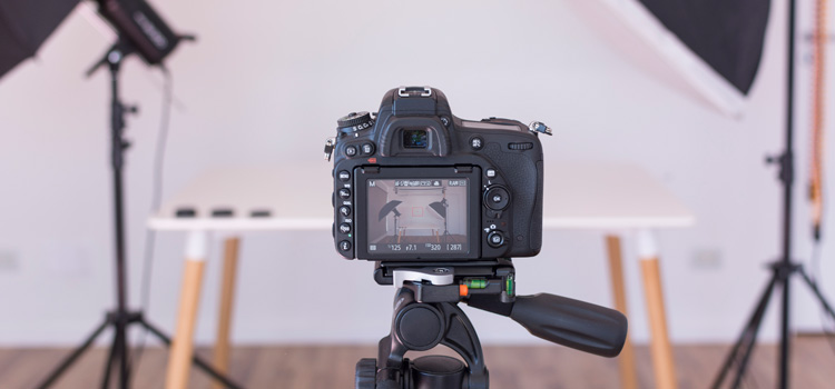 Pick up the Necessary Equipment- Freelance Photography